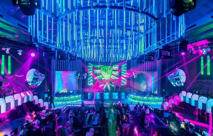 Economizando nos nightclubs de Miami