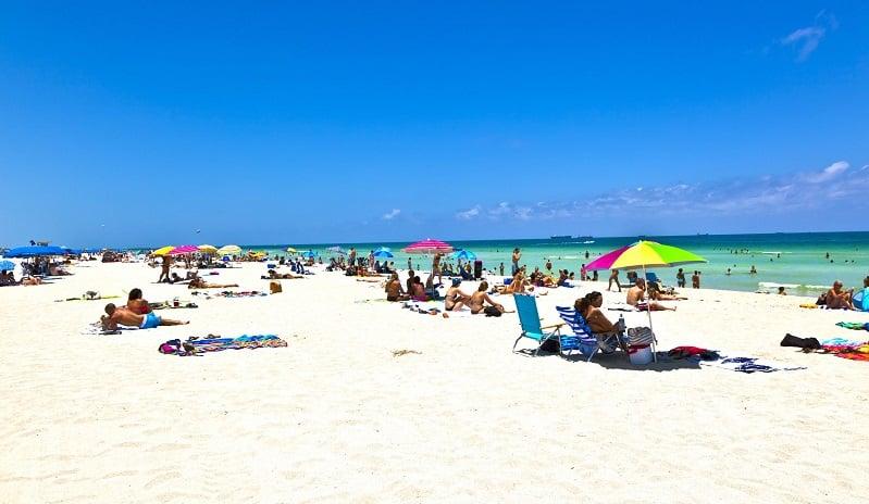 Economia nas praias em Miami