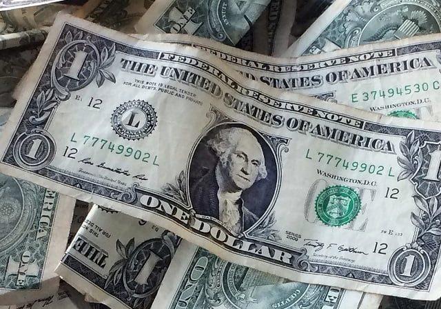 Como levar dólares para Miami
