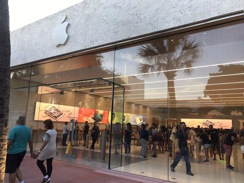 Lugares para comprar o iPhone 8 em Miami