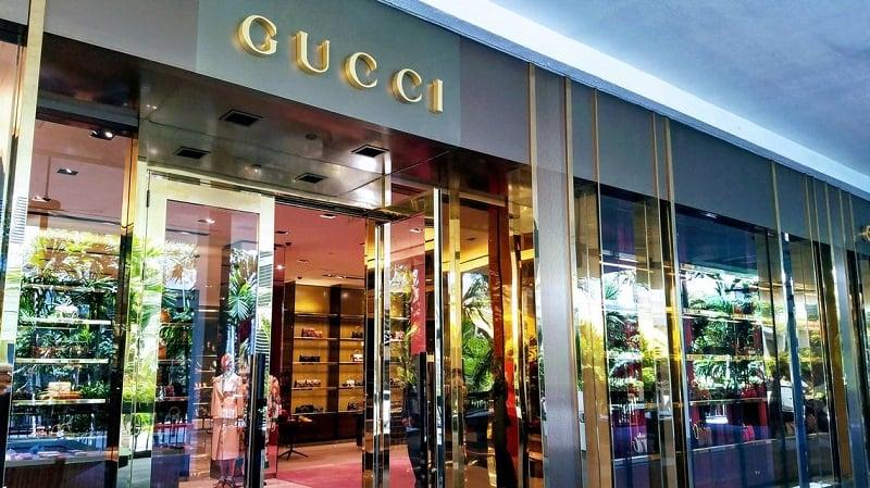 Lojas de luxo no shopping Bal Harbour Shops em Miami