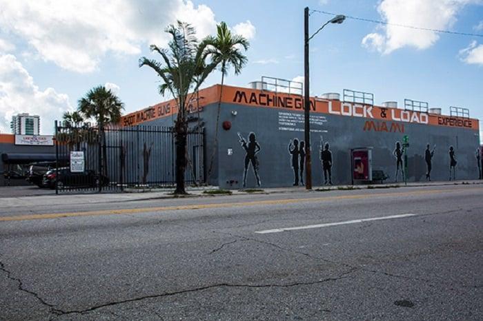 Loja de armas e tiros Lock and Load em Miami