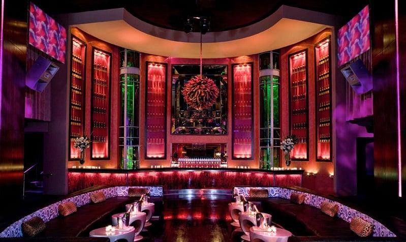 Estrutura da balada SET Nightclub em Miami