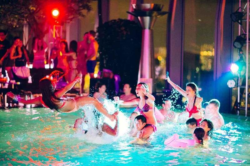 Pool Parties para curtir a noite em Miami