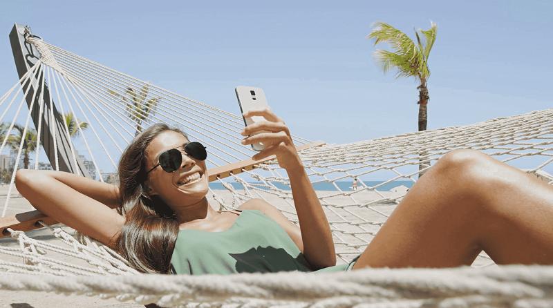 Usar o celular em Miami