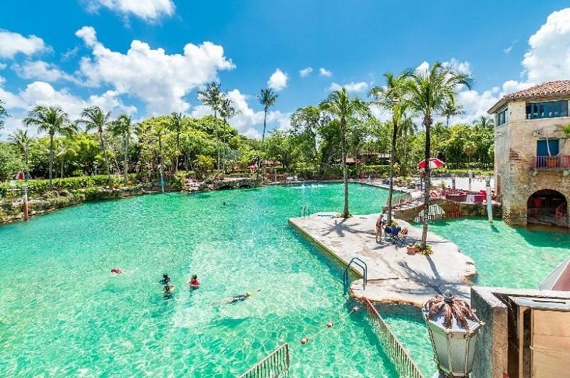 Venetian Pool em uma viagem romântica por Miami