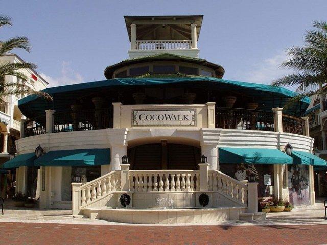 Shopping Cocowalk Mall Miami em Coconut Grove
