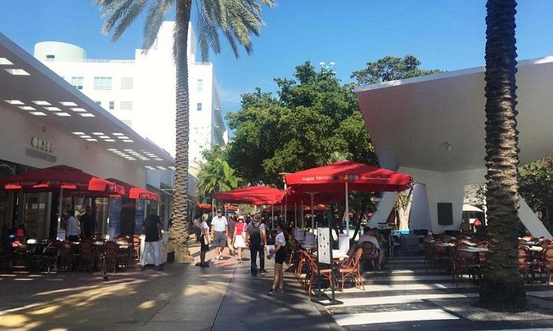 Lincoln Road em South Bech em Miami