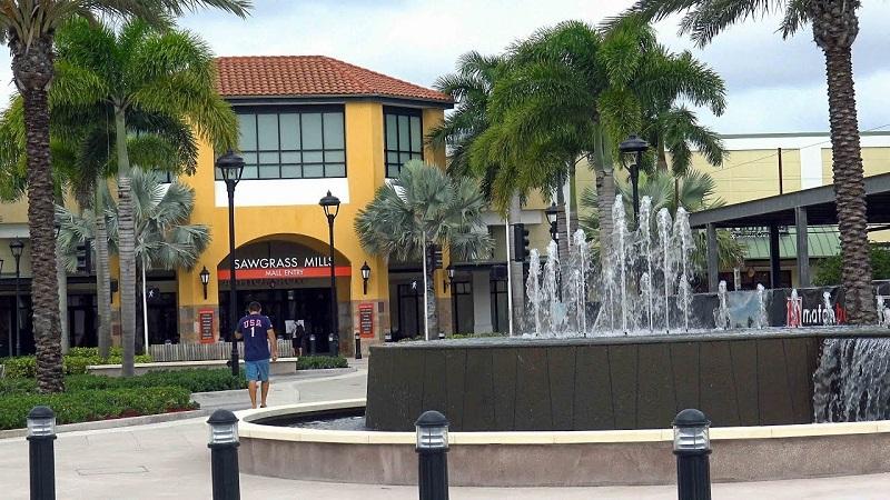 Outlet Sawgrass Mills para compras em Miami