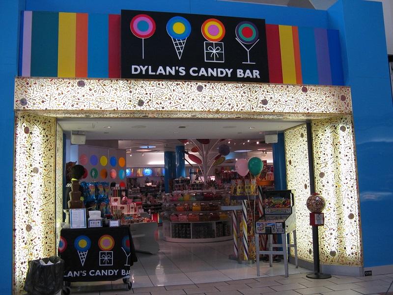 Comprar chocolates e doces na loja Dylan's Candy Bar em Orlando