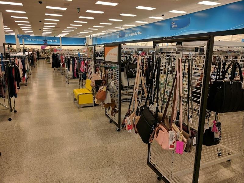 Comprar malas nas lojas de departamento em Orlando