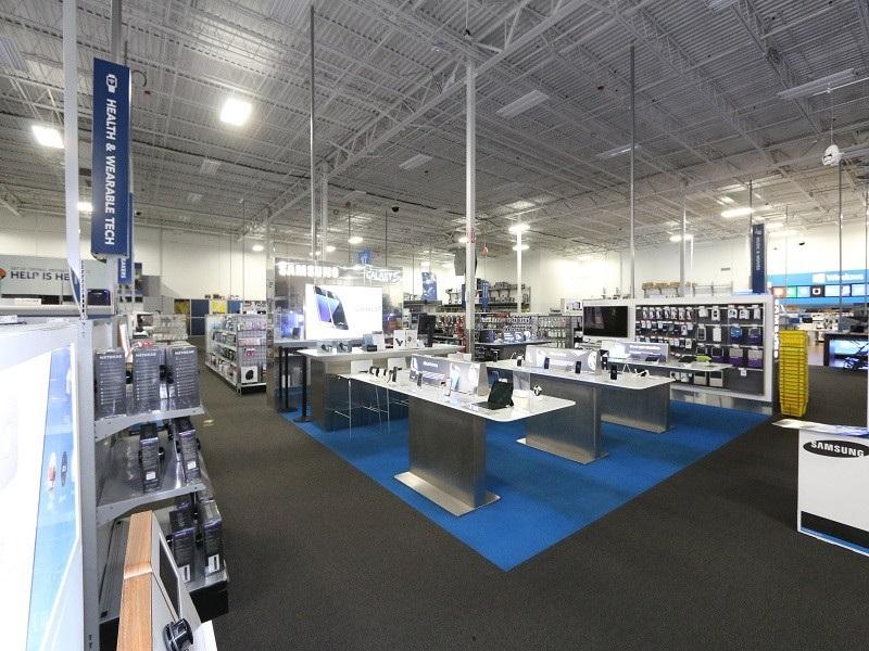 Comprar adaptadores e cabos USB na loja Best Buy em Orlando