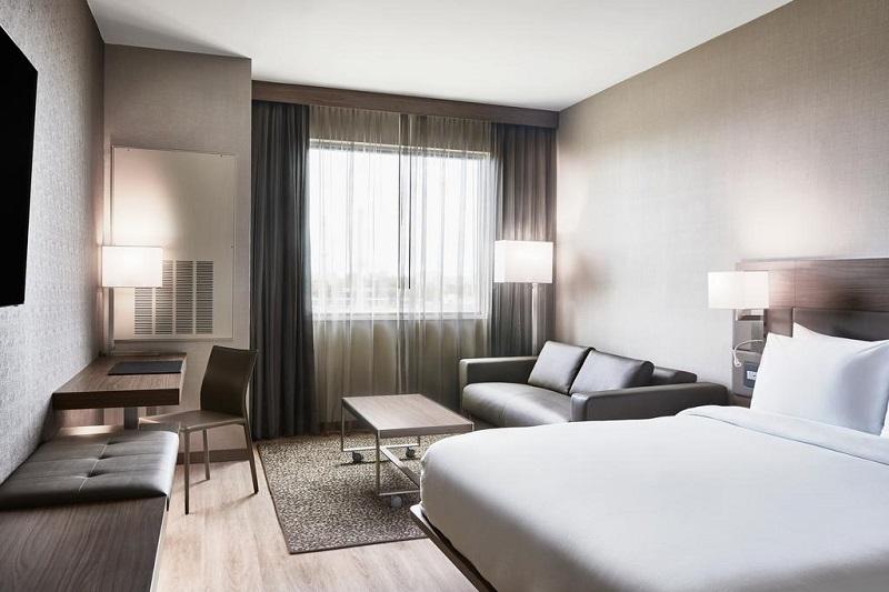 Quarto do AC Hotel by Marriott Miami Airport West/Doral